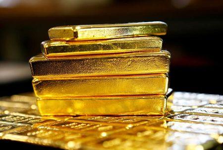 Gold Jumps 3%, Digging Heels Into $1,500 on Mega U.S. Stimulus