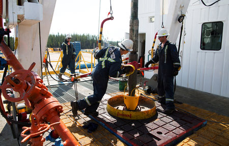 Oil Rises on Catch-up Buying Despite Ongoing  Covid Concerns